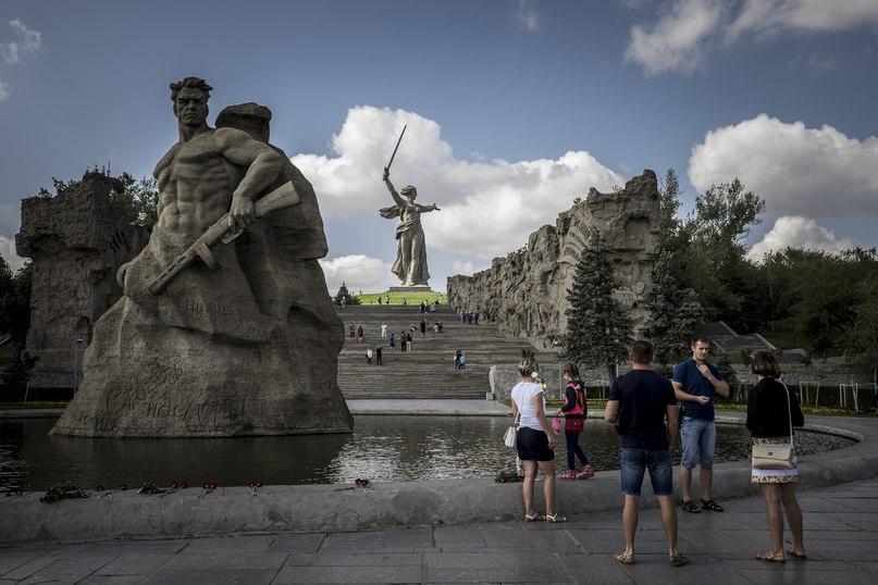 Русские миллениалы смотрят в будущее: «Если мы ничего не сделаем сейчас, то будем жить как наши родители» 9