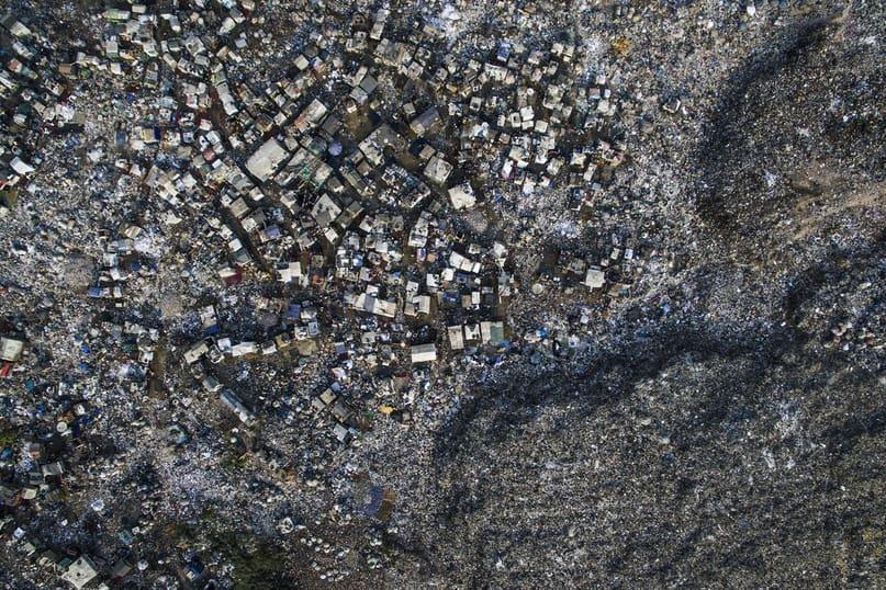 Утопающие в мусоре 13