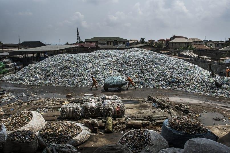 Утопающие в мусоре 15