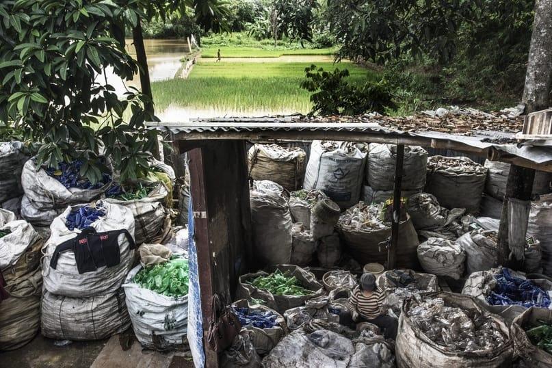 Утопающие в мусоре 4