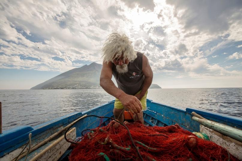 Кто согласится жить рядом с действующим вулканом? Знакомимся со смельчаками 4